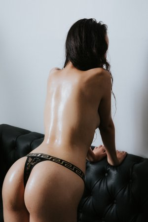 Lissia sex club in Wade Hampton SC