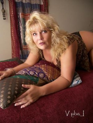 Lenda incall escorts in Ephrata